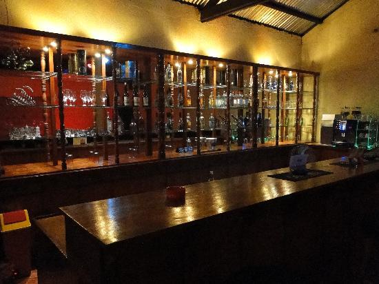Leyte Province, Philippines: Bar