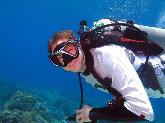 Adventure Dive Shop: We offer portrait photography and instruction
