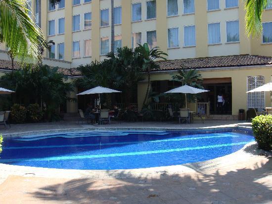 Real InterContinental San Pedro Sula at Multiplaza Mall: Pool