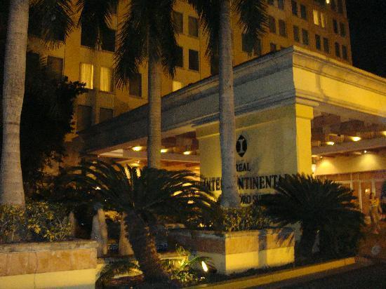 Real InterContinental San Pedro Sula at Multiplaza Mall: Main Entrance