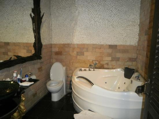 Ramayana Boutique Hotel: the spa/jacuzzi