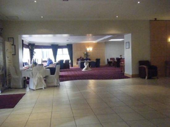 Springhill Court Conference, Leisure & Spa Hotel: springhill lobby photo