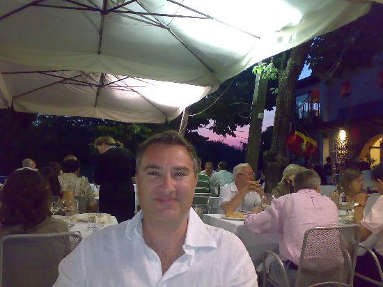 Trattoria Zamboni: me on the outside terrace