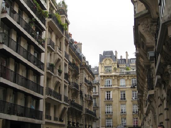 Hotel Residence Foch: The surrounding neighborhood