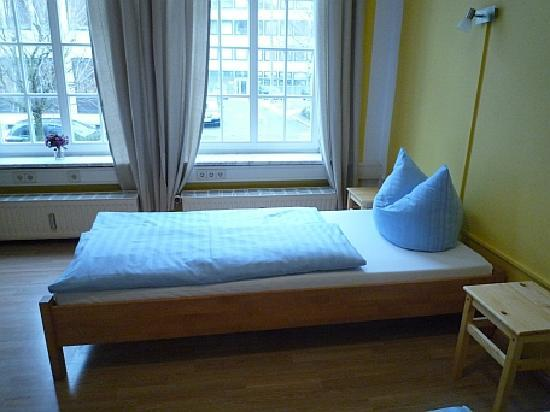 GastHaus Bremer Backpacker Hostel: single