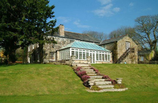 Cabilla Manor