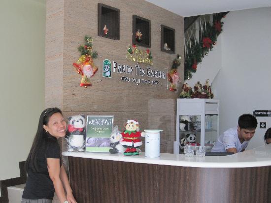 Panda Tea Garden Suites: Hotel Reception