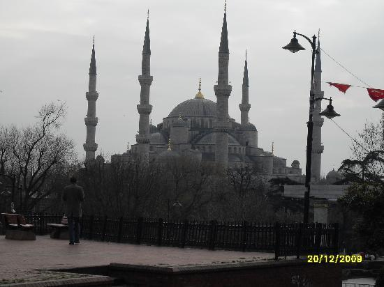 Grand Ons Hotel: The Blue Mosque