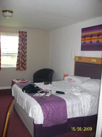 Premier Inn Newcastle (Metro Centre) Hotel: room