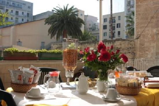 Hotel Pensione Giulia di Francesco De Chirico : colazione