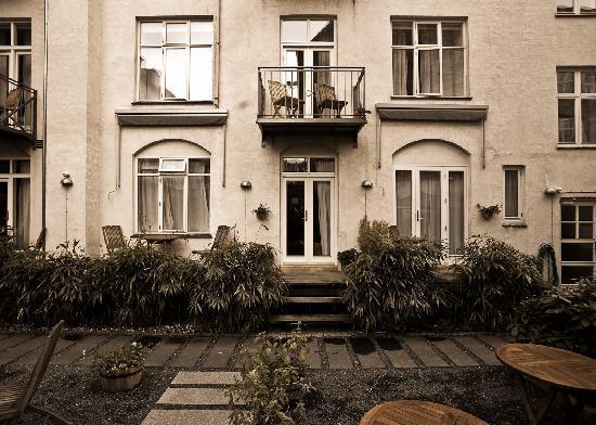 Bertrams Guldsmeden - Copenhagen: Betrams Hotel Guldsmeden - Garden