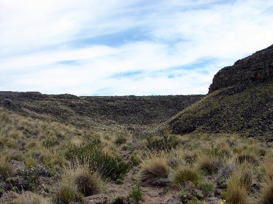 Somuncura Plateau: Caminando al cañadón