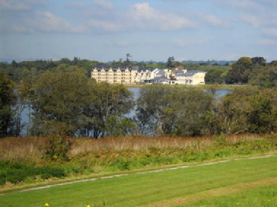 Lake Hotel: The hotel seen from far side of the lake