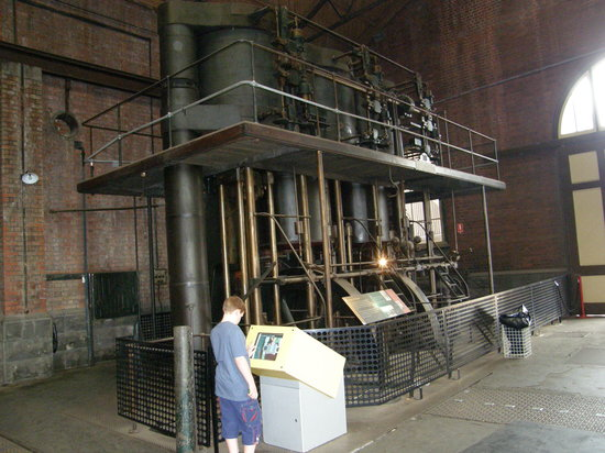 Scienceworks: Pump room in the Pumping Station
