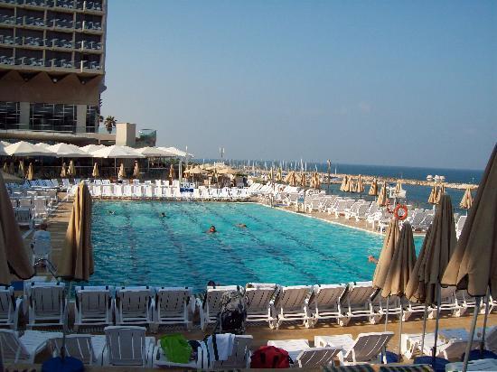 Hilton Tel Aviv: pool