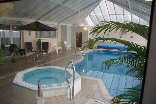Monterey Hotel: Tjs la piscine