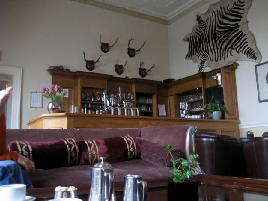 Castle Durrow: The bar