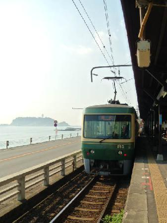 Enoshima Electric Railway: 鎌倉高校前駅