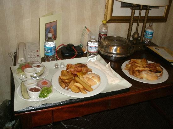 Holiday Inn Washington - Capitol: Hamburguesa del hotel
