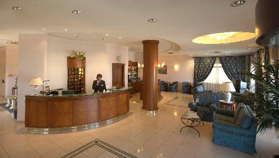 Fossacesia Marina, Италия: Hall-Reception