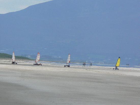 Tralee, Irland: Strandrennen am Banna Strand