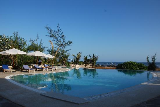 The Charming Lonno Lodge : Poolview