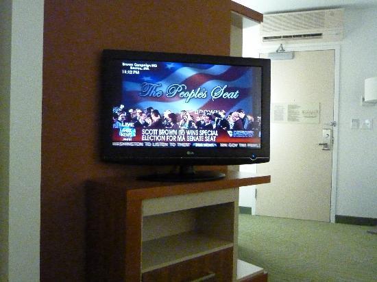 SpringHill Suites Atlanta Airport Gateway: HDTV