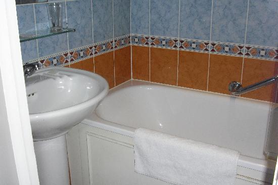 Prince William Hotel: Bathroom