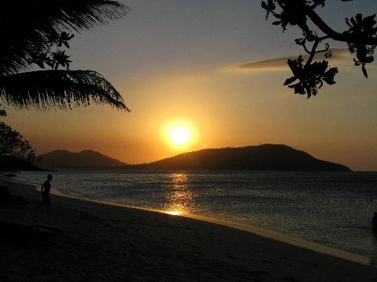 Blue Lagoon Beach Resort: Sunset....need we say more