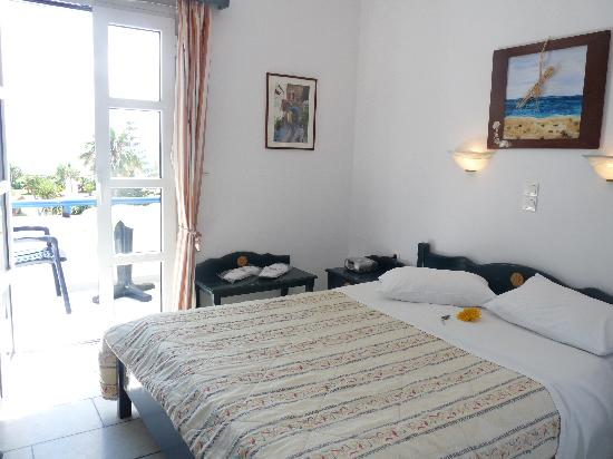 Athina Studios and Apartments: Our room
