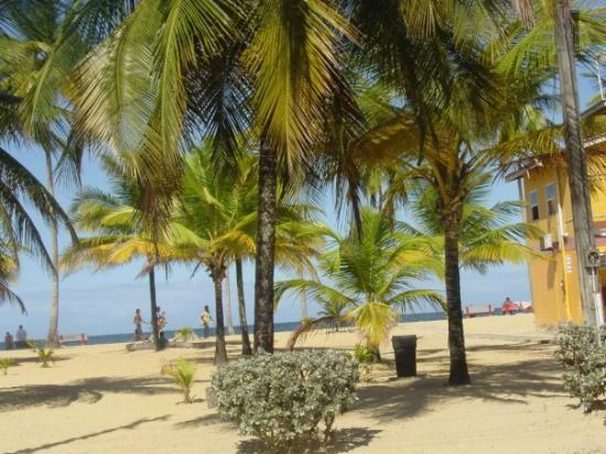 Trinidad: Our one day off at the beach