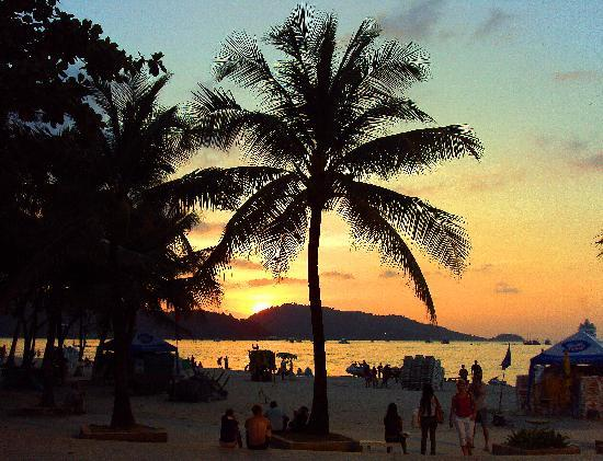 B & L Guesthouse : ...sunset on Patong Beach - 15 mins by foot