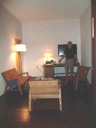 Boutique Hotel de Cortes: Juniorsuite Wohnraum