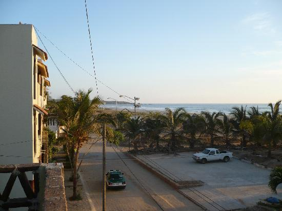 Papaya Surf Beach Hotel: View from the hotel flat roof