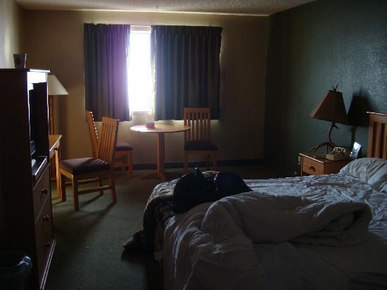 Super 8 Gardnerville Topaz Lake: My room.