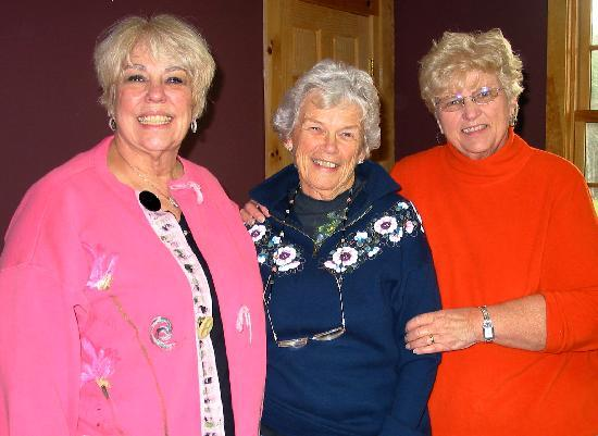 Landgrove Inn: Ros Stallcup, Paula Lawton, and Joanne Mitchell