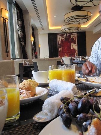 Fairmont Cairo, Nile City: Breakfast