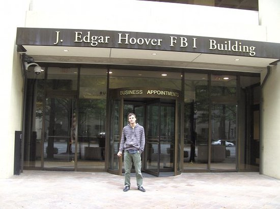 ‪FBI Headquarters‬