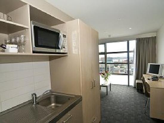 Waldorf Tetra Serviced Apartments: good kitchen