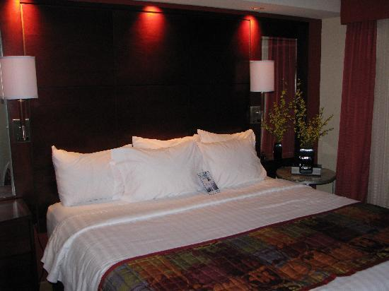 Beautiful Contemporary Bedrooms Of Beautiful Modern Bedroom Picture Of Residence Inn North