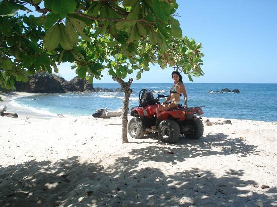 San Juanillo, คอสตาริกา: greta way to travel from Hacienda del Cielo to the beach!