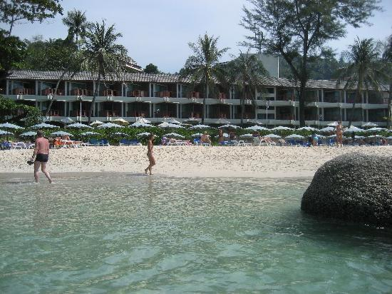 Katathani Phuket Beach Resort: View from beach of Junior Ocean Front