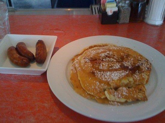 Silk City Diner: Maple Bacon CakeSilk City PhillyPhiladelphia PADecember 12 2009Very tasty breakfast!