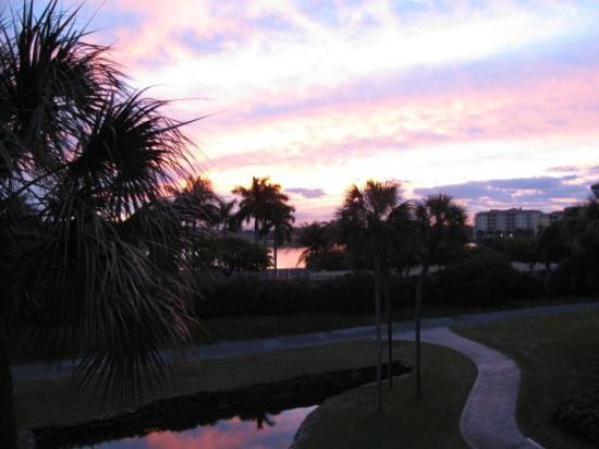 Trump National Doral Golf Course: Sunrise at Doral Golf Resort in Miami.