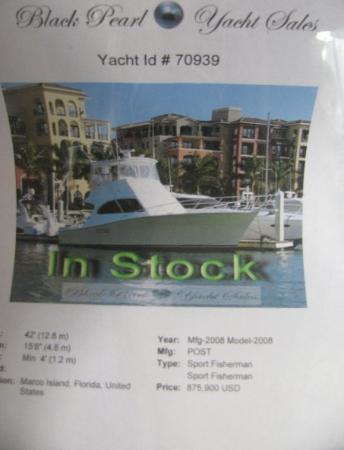 Marco Island Marina : Boat shopping.