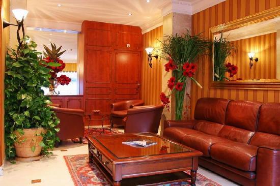 Hotel Abbatial Saint Germain: Lobby