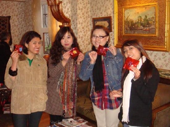 Tashkonak Studio Suites: souvenirs from the hotel...tessekurler!!