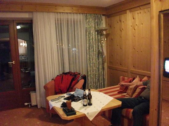 Hotel Gotthard-Zeit: Fernsehecke