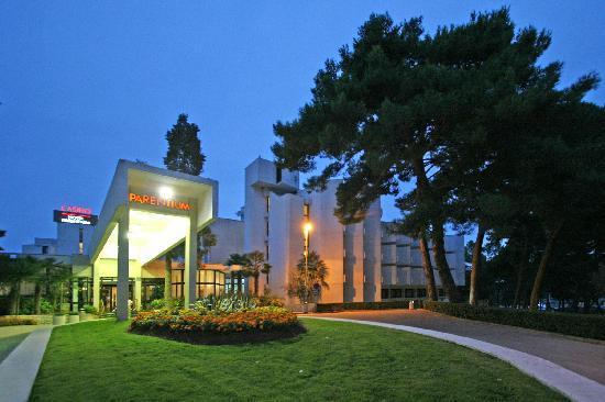 Hotel Laguna Parentium: Hotel Parentium Porec- Outdoor2