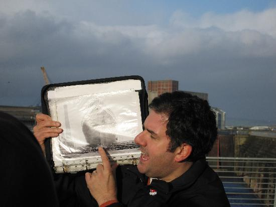 Belfast, UK: Colin with photo info